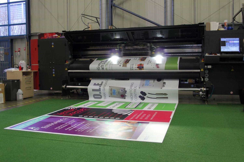 Vutek GS3250R Large Format Printer